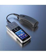 Powerchimp (šedá) - záložní zdroj a nabíječka na dvě AA baterie