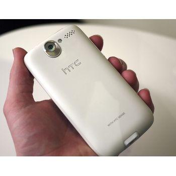 HTC Desire Bílá + Krusell pouzdro Orbit flex - HTC Desire